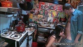 Vagabunda fazendo a mais safada orgia no estúdio