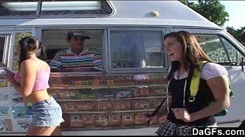 Vadias trocando a buceta por sorvetes