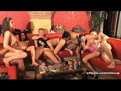 Sexo Grupal Com As Vadias Mais Safadas E Gostosas