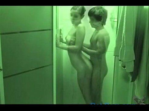 Priminha Libera A Buceta No Banheiro Gostoso