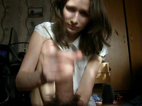 Garota Timida Brincando Com Uma Piroca Pela Primeira Vez